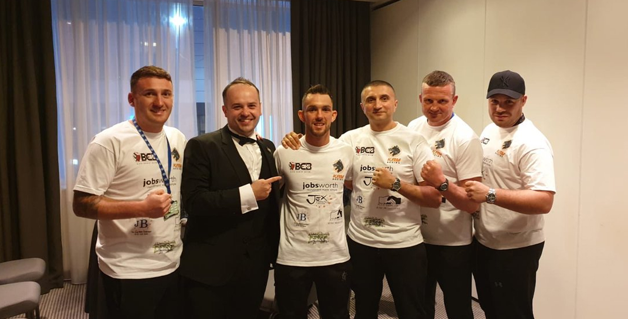 Kyle Williams with 5 supporters wearing Jobsworth branded t-shirts